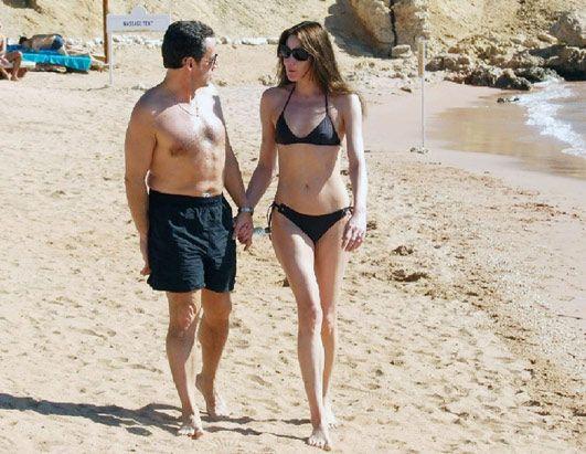 Sarkozy_bruni_plage