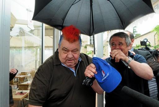 Loulou-nicollin-a-mal-aux-cheveux