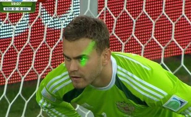 Igor-akinfeev-lors-match-entre-russie-algerie-26-juin-2014