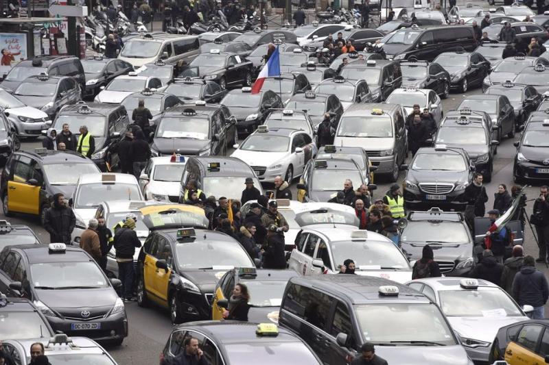 Manifestation VTC Porte Maillot