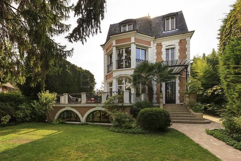 Le pen montretout patrimoine immobilier