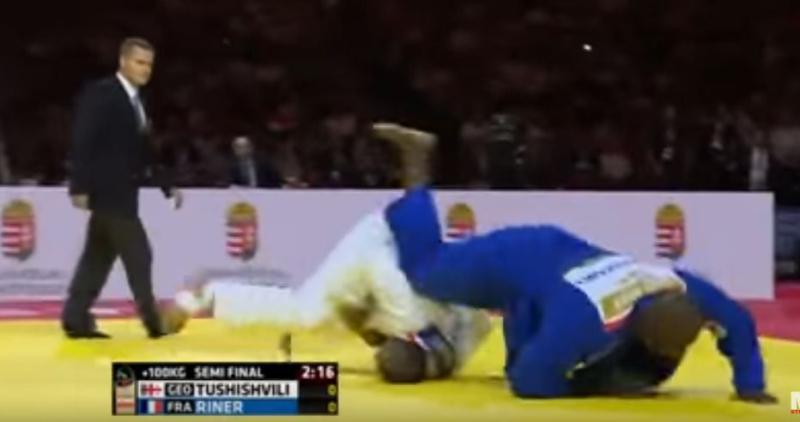 Teddy riner à terre combat judo