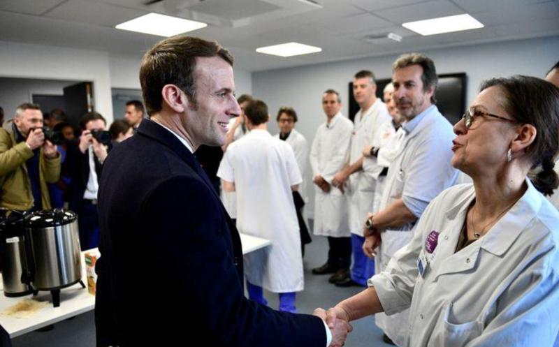 Macron et soignants